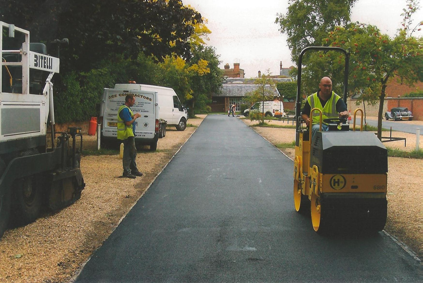 Tarmac Resurfacing